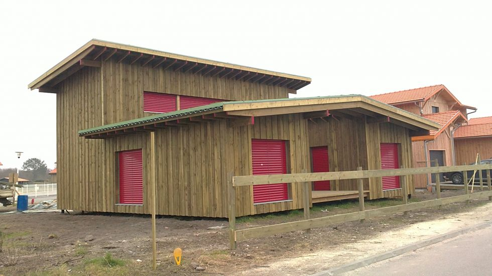 Maison traditionnelle en bois gironde cbl for Maison bois traditionnelle