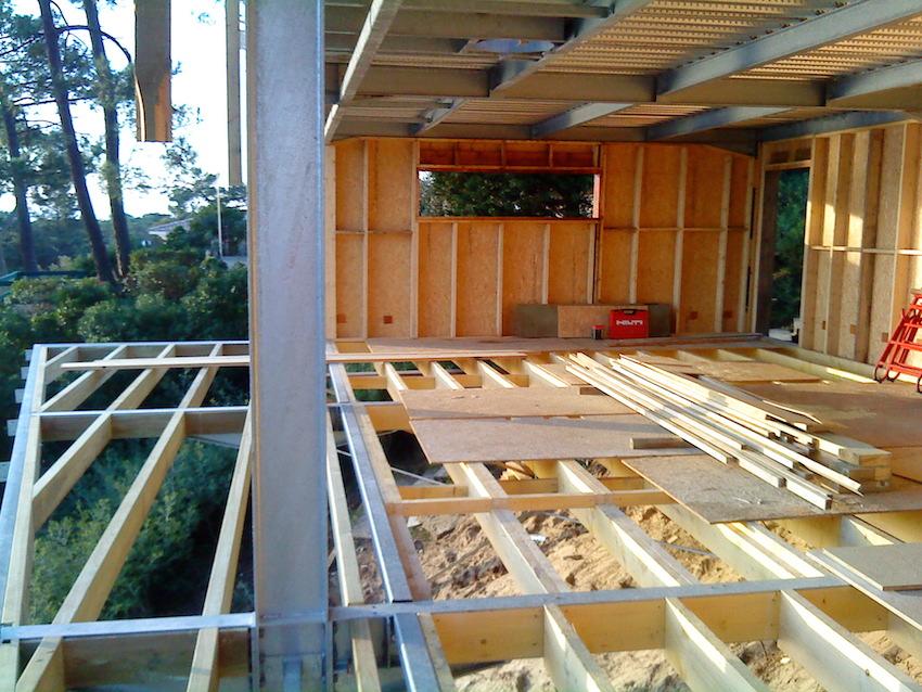 Structure m tallique et ossature bois cap ferret cbl for Extension maison ossature metallique