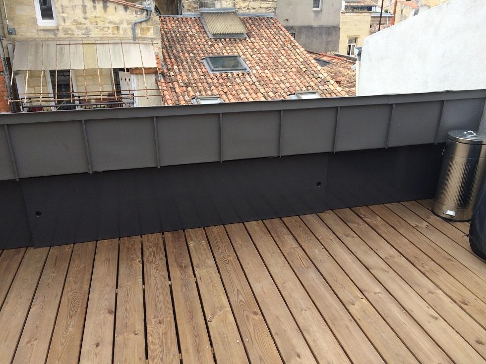 fin de la r alisation d 39 une terrasse trop zienne sur bordeaux centre fabricant maison bois. Black Bedroom Furniture Sets. Home Design Ideas